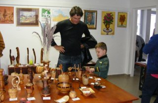 Láska k drevu pretvorená do originálnych výrobkov